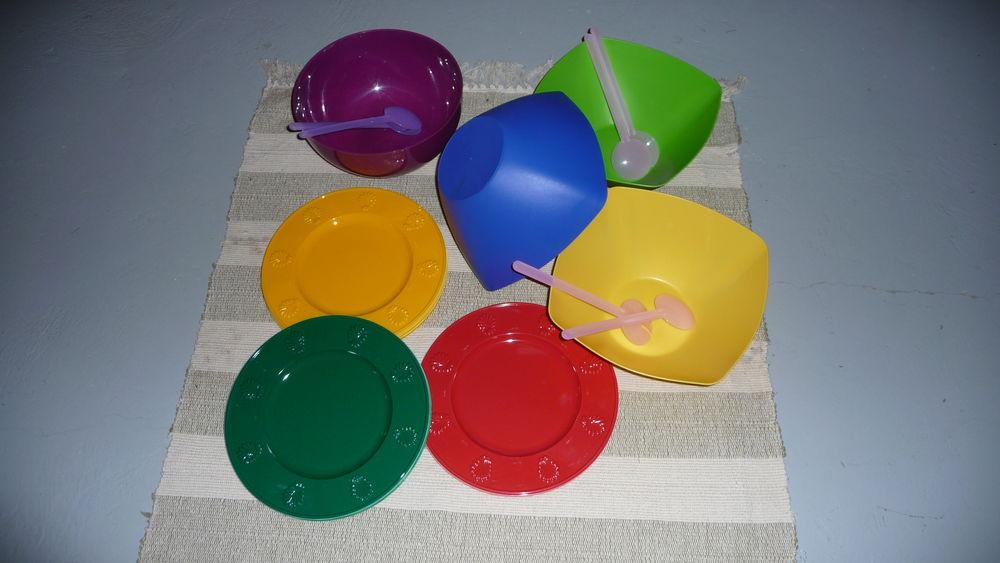 lot vaisselle plastique 10 Mougins (06)