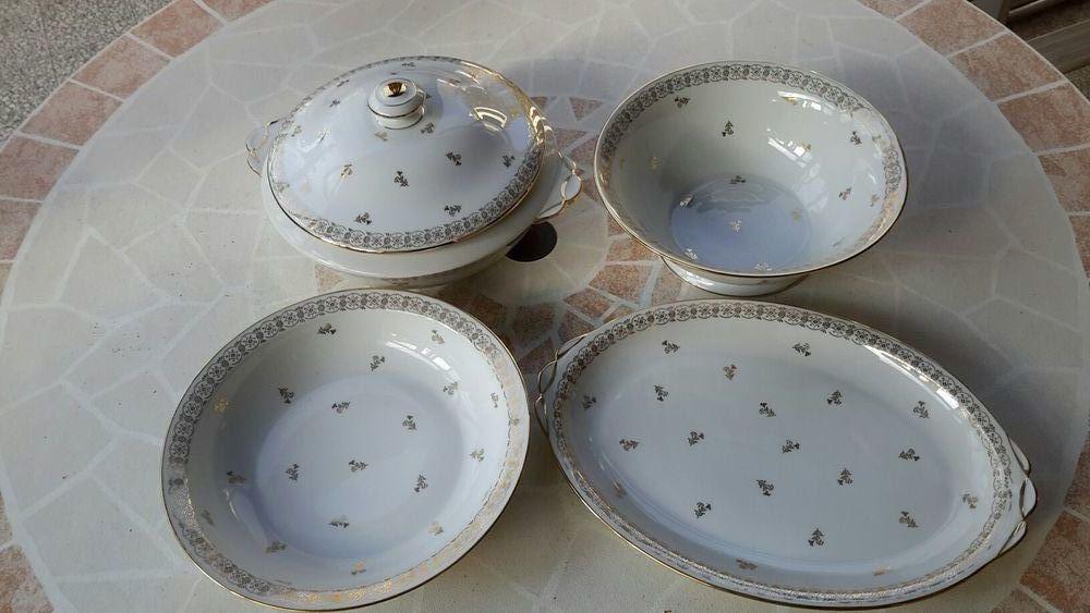 Vaisselle porcelaine fine  plats de Limoges  69 Le Pradet (83)