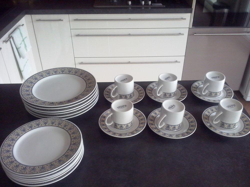 Lot vaisselle de table 30 Nantes (44)