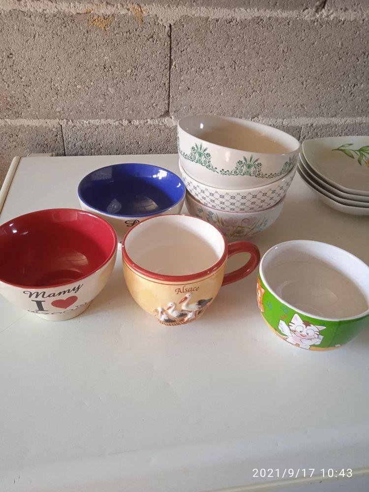 Vaisselle 12 Ambrières (51)
