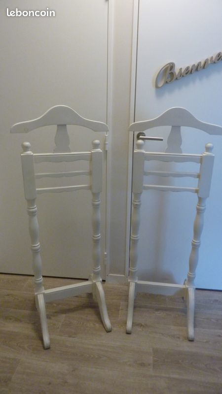 Valets de chambre bois blanc marque INTERIOR'S 100 Caen (14)