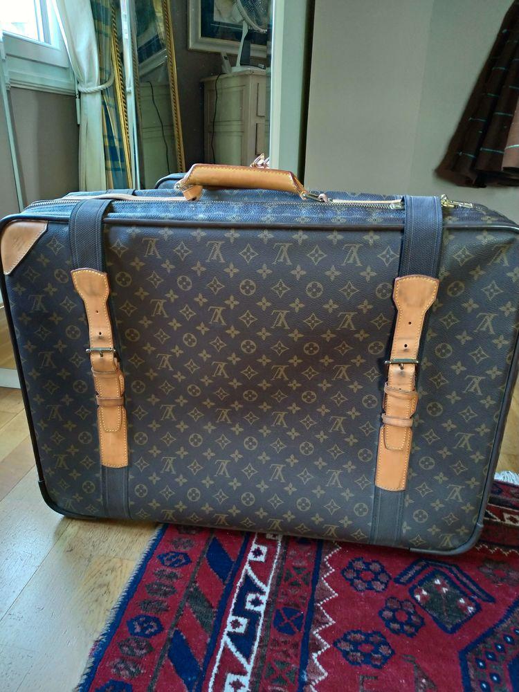Valise Louis Vuitton 970 Courbevoie (92)