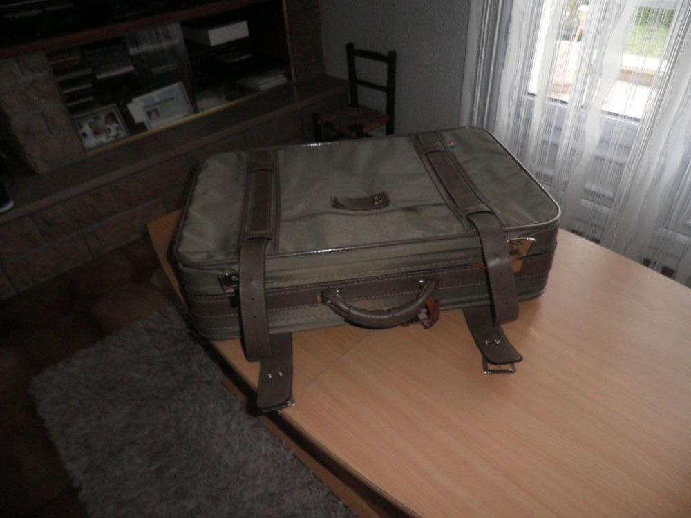 valise   neuve  jamais  servie  15 Chalon-sur-Saône (71)