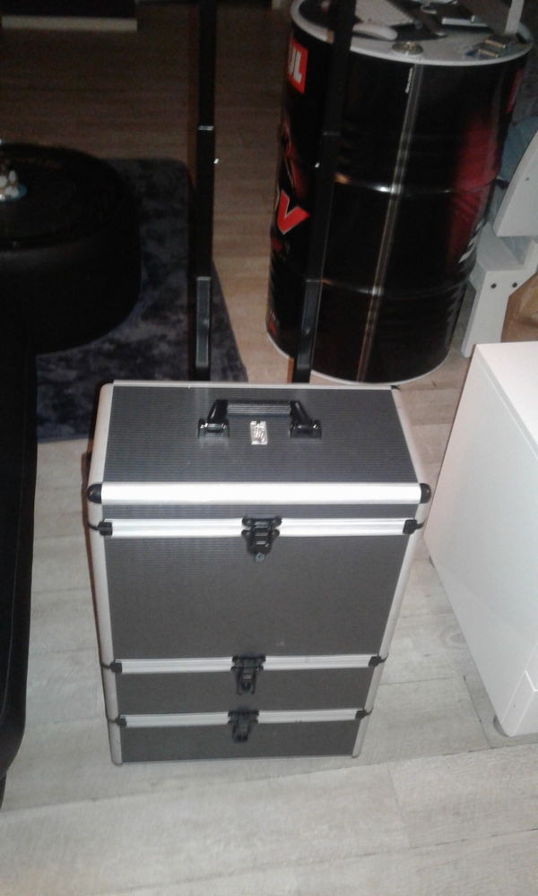 Valise professionnelle 50 Limay (78)