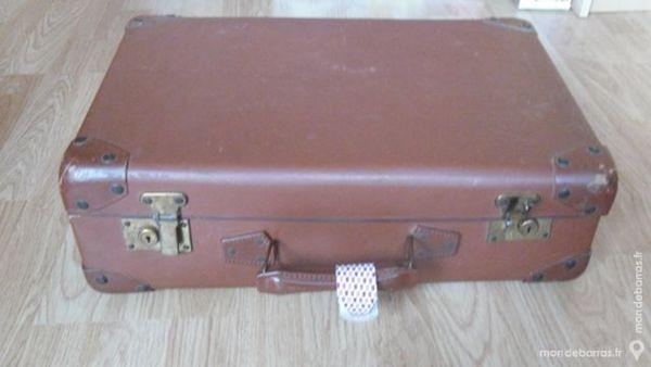 valise vintage 30 Mareuil-lès-Meaux (77)