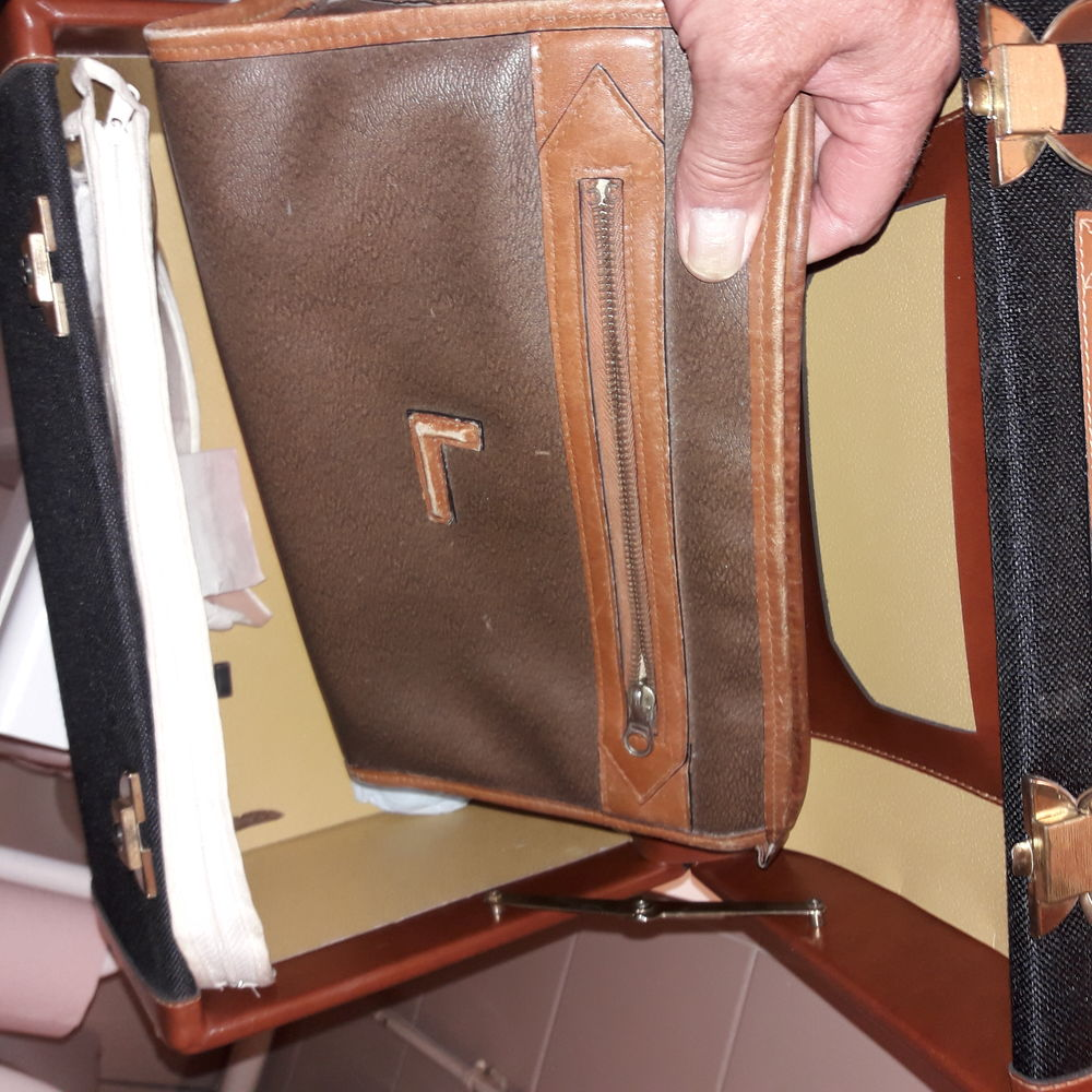 Vanity case LANCEL 100 Paris 15 (75)