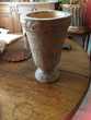 vase avec surface rugueuse imitation terre Décoration
