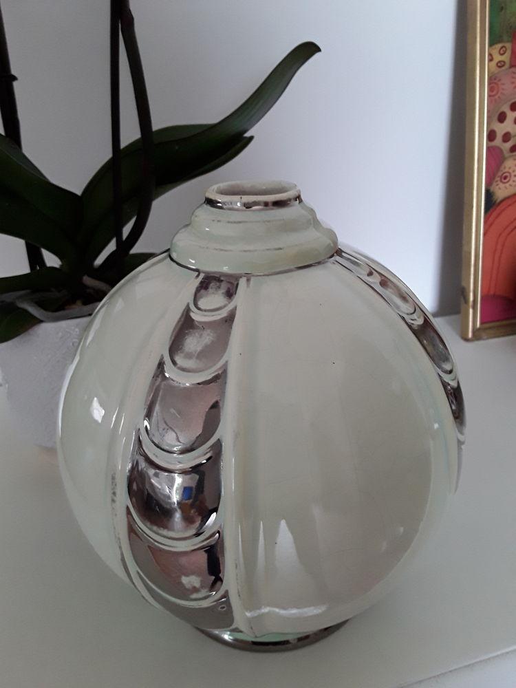 Vase boule art deco 35 Chanas (38)