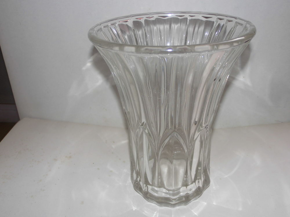 vase cristal vintage art déco  50 Saint-Sylvestre-sur-Lot (47)