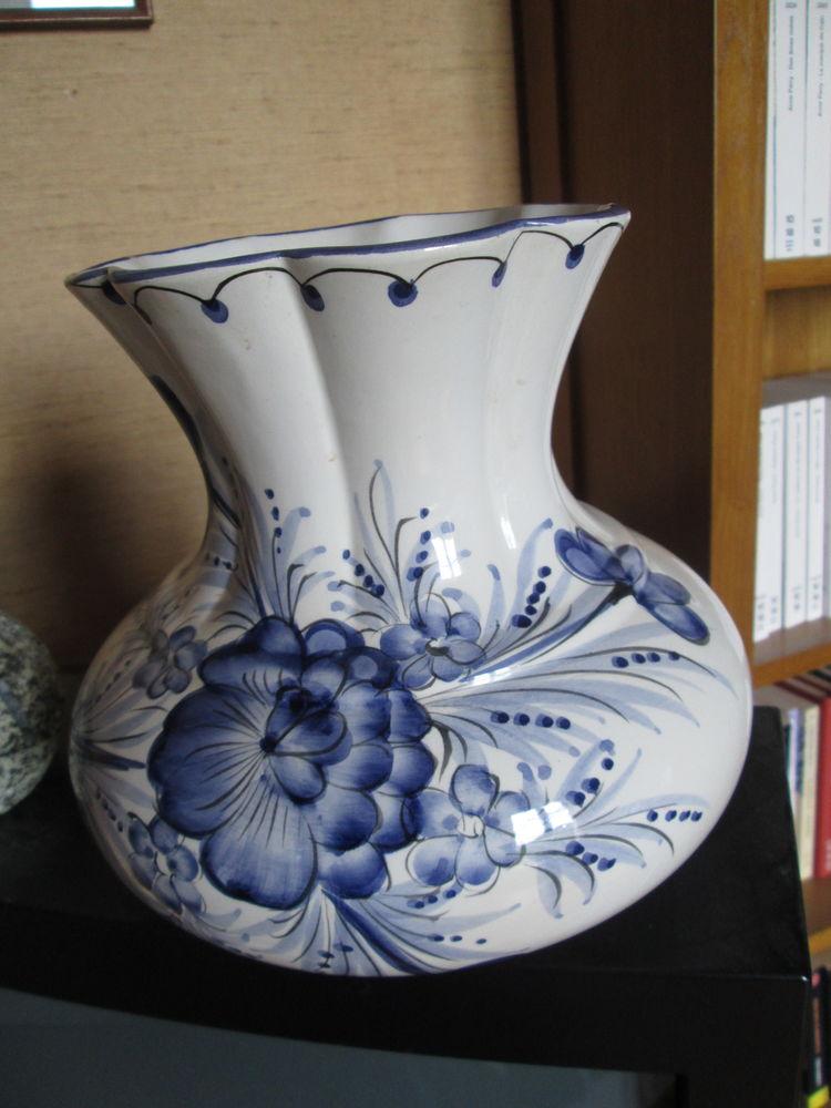 Vase en faïence à col large motifs fleurs 10 Herblay (95)
