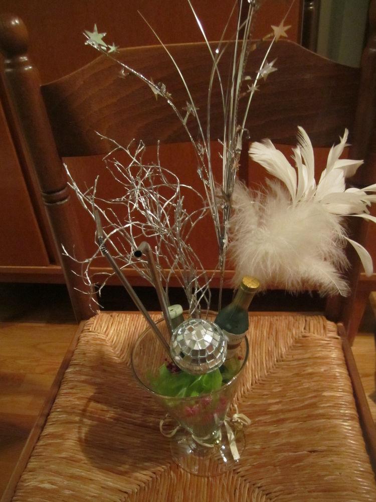 vase ou pot en forme flûte large en verre avec accessoires 0 Mérignies (59)