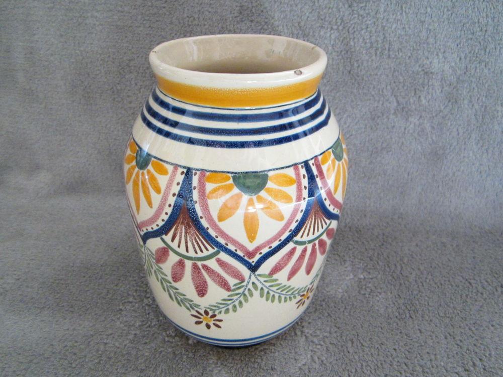 Vase Hemriot quimper 16 Bennecourt (78)