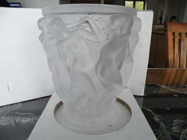 vase lalique les bacchantes 3000 Salomé (59)