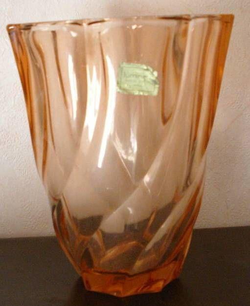Vase Luminarc rose orangé - verrerie d'ARQUES 8 Montauban (82)