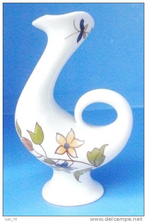Vase miniature en porcelaine de limoges (oiseau)
