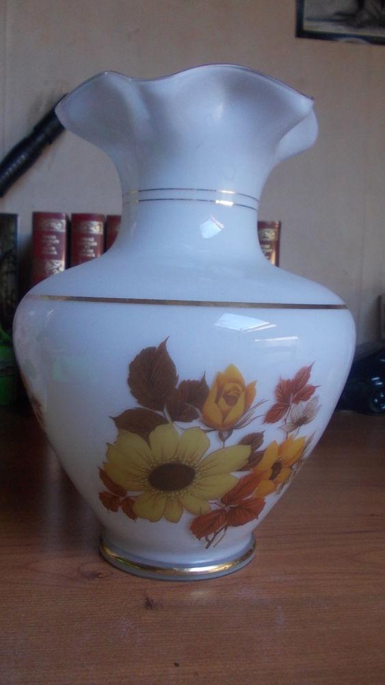 vase en opaline 69 Thiais (94)