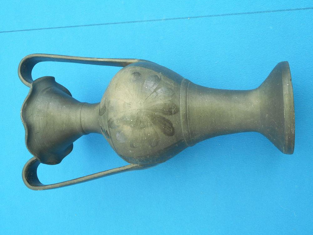Vase poterie portugaise de Basalhaes 20 Nieuil-l'Espoir (86)