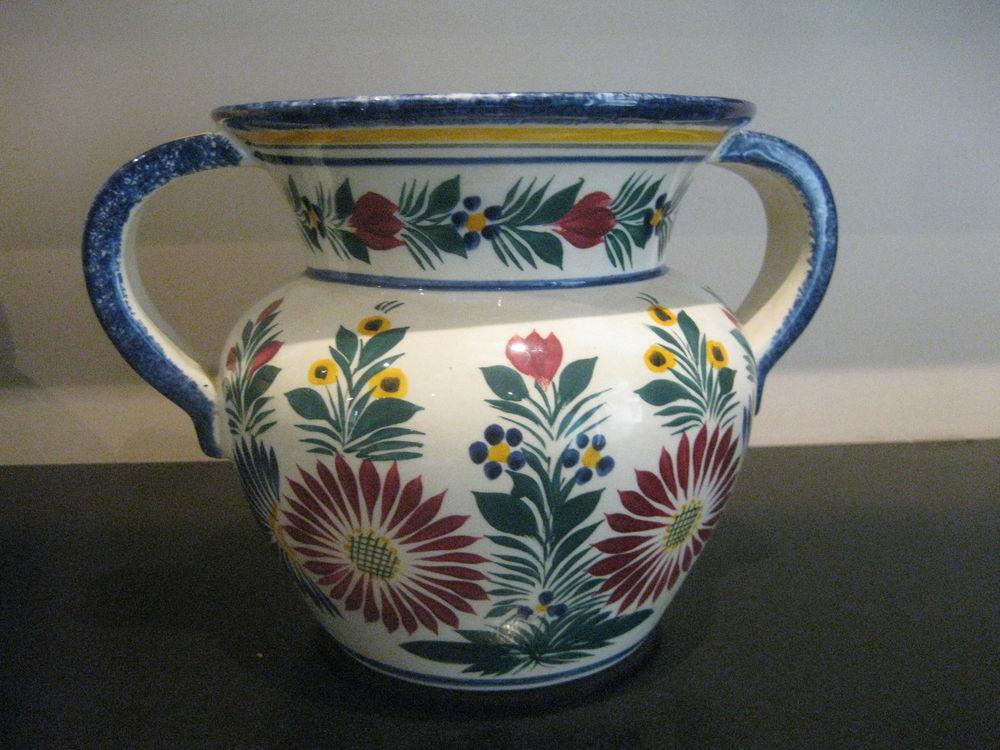 Vase  de  HB QUIMPER 20 Palau-del-Vidre (66)