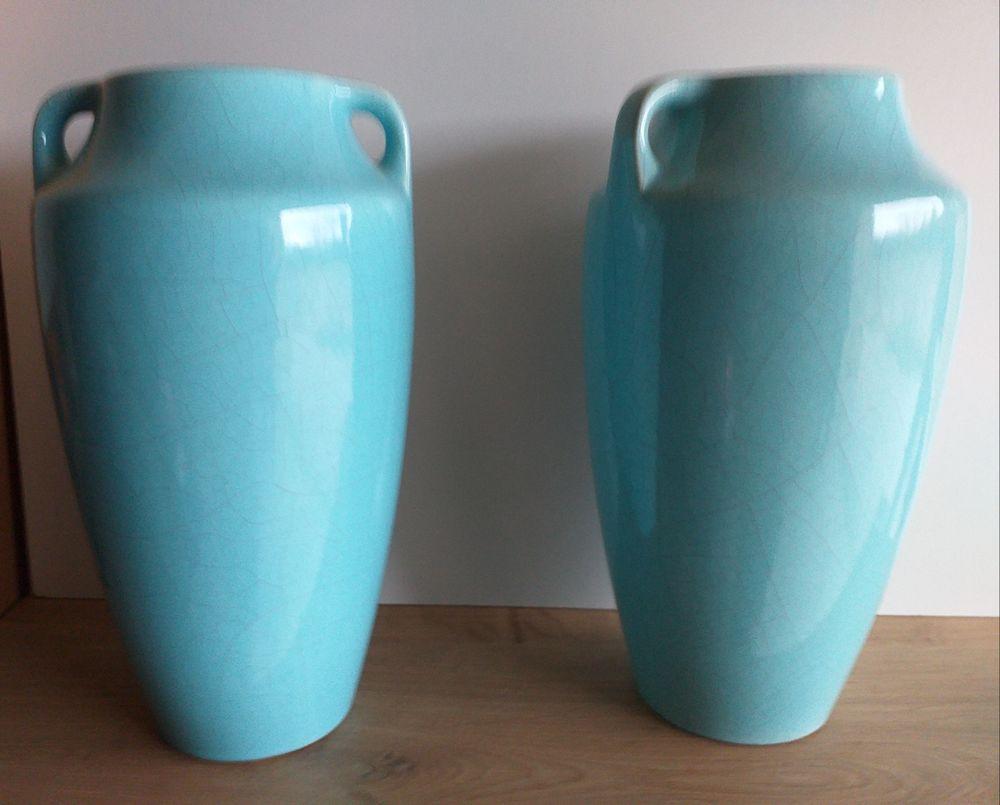vases anciens 45 Gréoux-les-Bains (04)