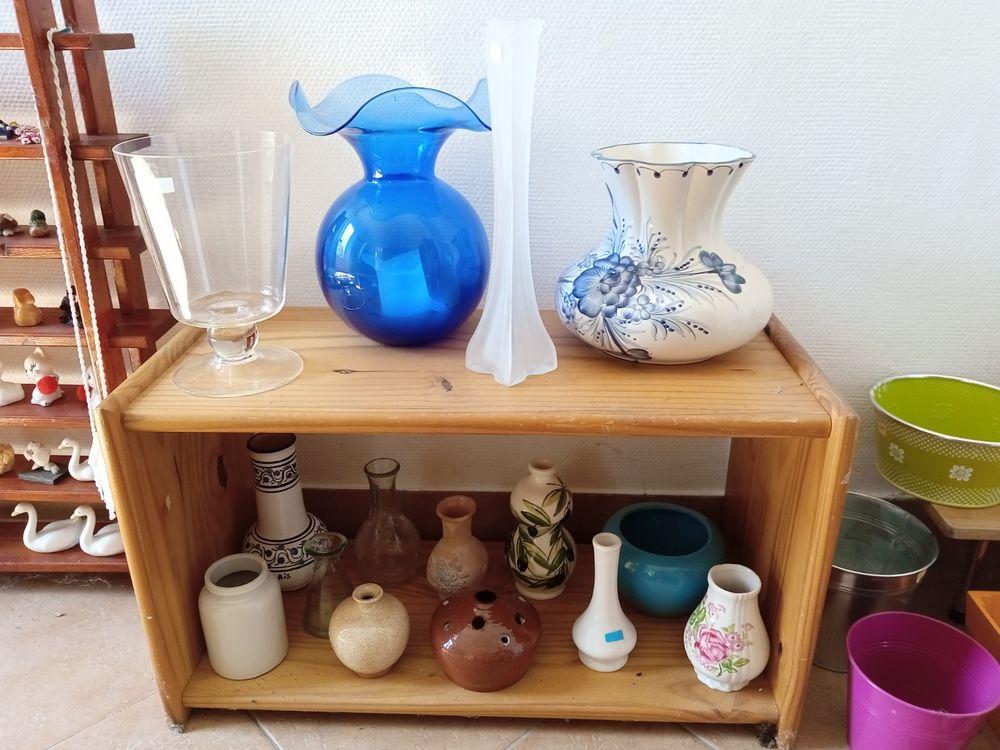 Vases et pique-fleurs 2 Herblay (95)