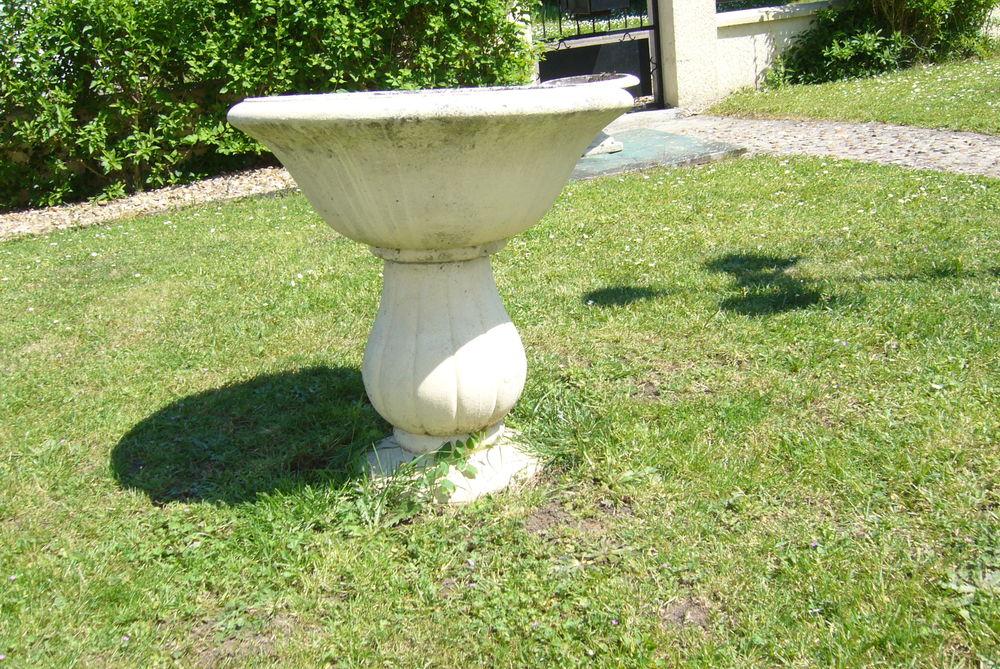 Achetez vasque en pierre occasion, annonce vente à Ferrières-en ...