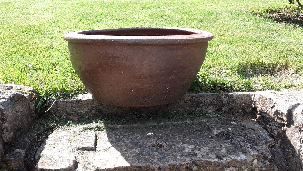 Vasque de jardin en terre cuite vasque fleurs pots de for Cash piscine sollies pont