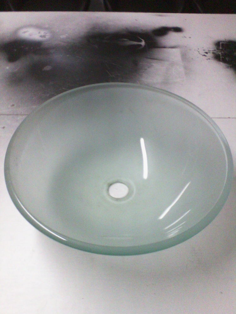 1 vasque en verre 25 Aulnois-en-Perthois (55)