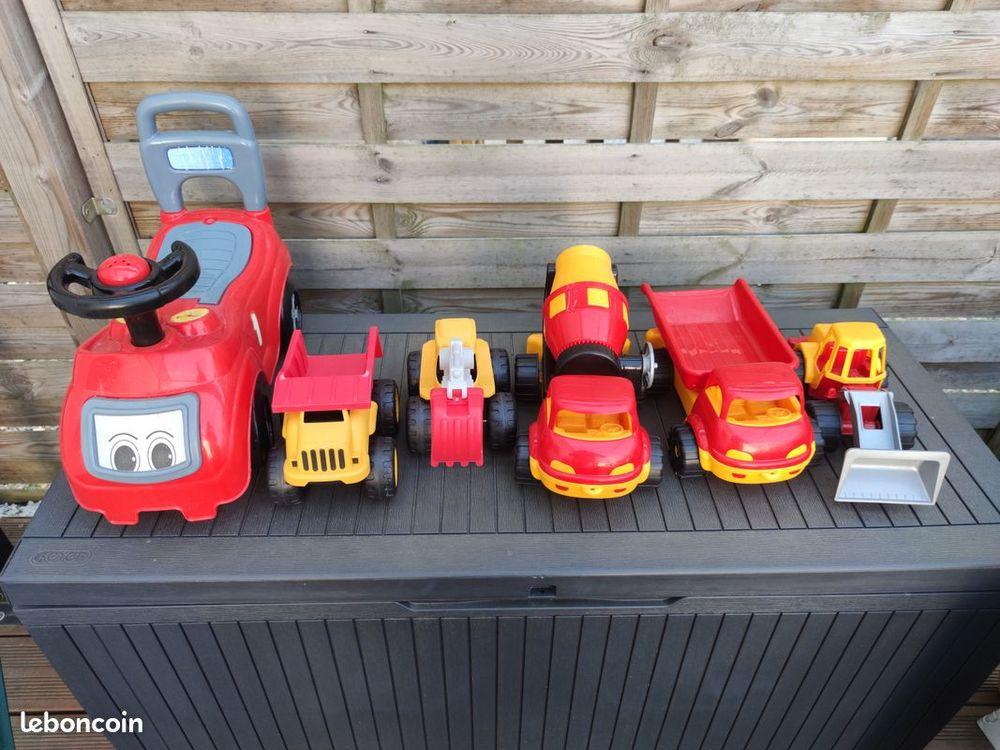 véhicules jouets  15 Tours (37)