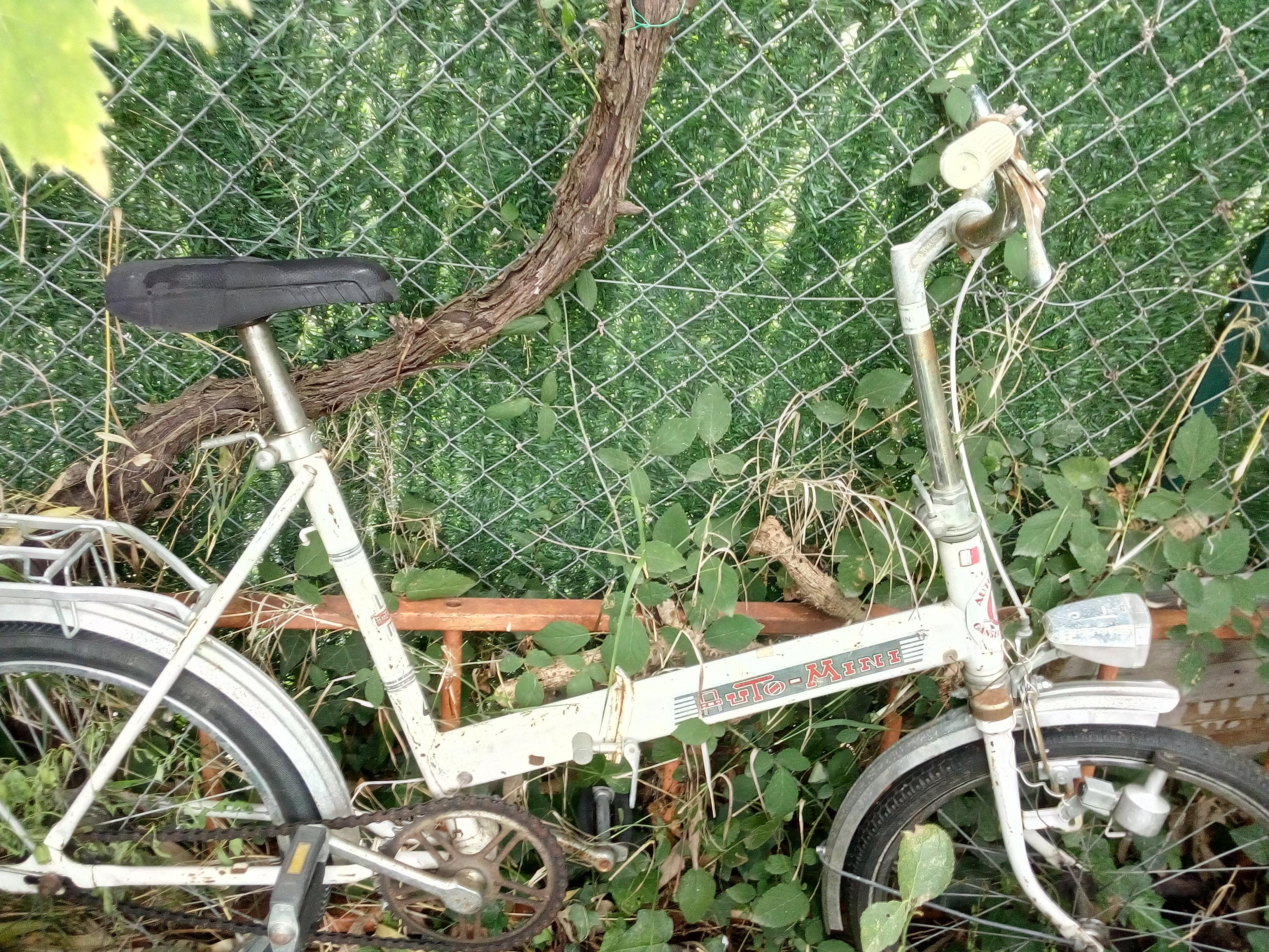 1 vélo adulte ancien la poste jaune bon état 1vélo enfant 50 Le Boulou (66)