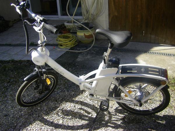 vélo à assistance électrique marque SOLEX, blanc, pliable,  850 Eyzin-Pinet (38)