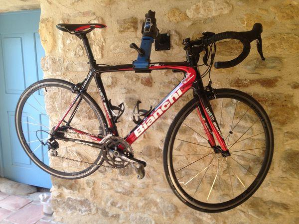 Vélo Bianchi sempre PRO Full carbonne 1500 Allan (26)