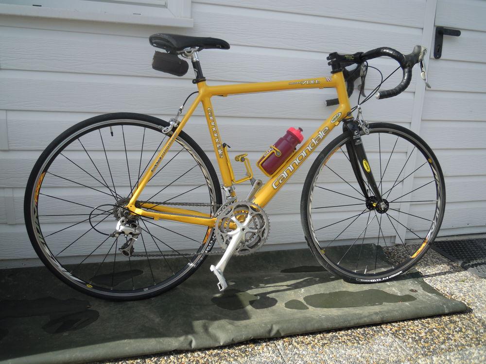 vélo de course CANNONDALE 700 R 500 Gujan-Mestras (33)