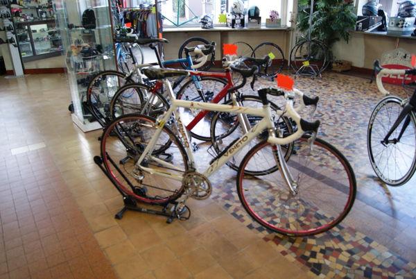 Vélo de course ( Cyclo sportif) VENETO 400 Pau (64)