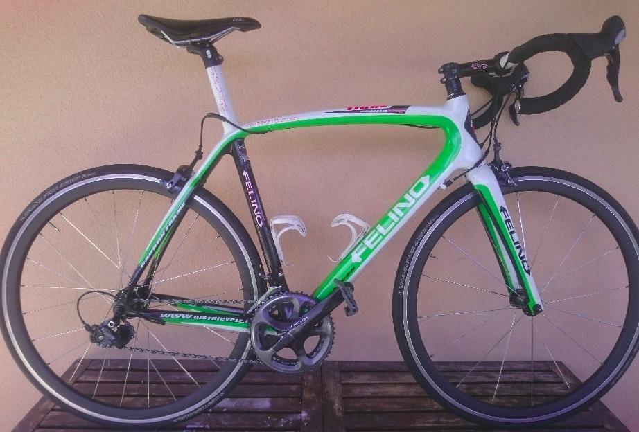 vélo de course marque Felino Tigre carbone 1400 Guingamp (22)