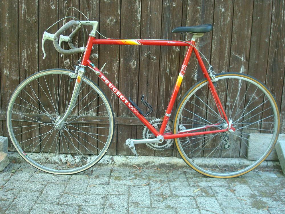 Vélo course PEUGEOT Rouge 12 vitesses 100 Traînou (45)