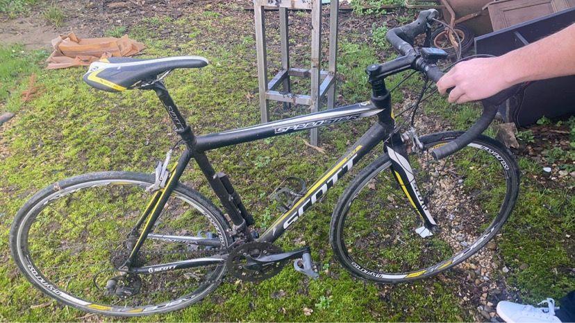 Vélo de course scott 450 Amou (40)