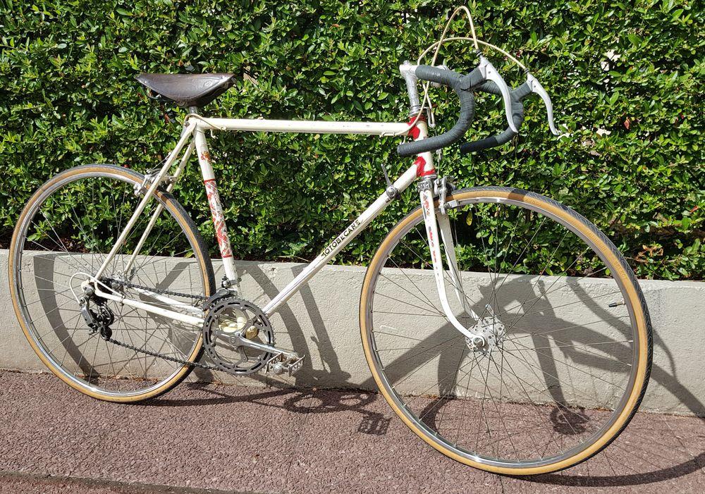 Vélo course vintage  peugeot 200 Antony (92)