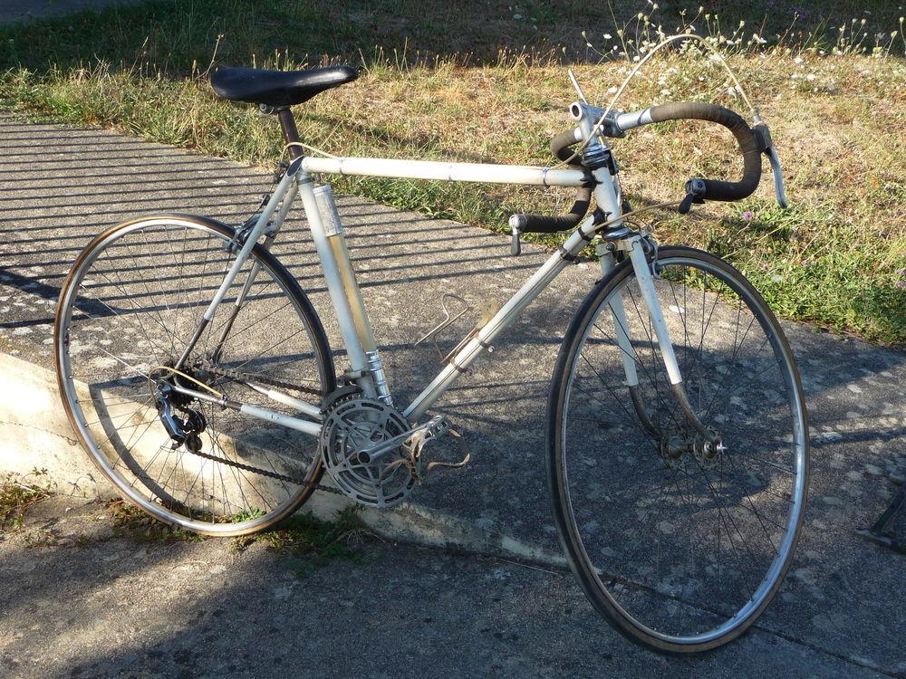 VELO de Course Vintage 130 Saint-Quentin-sur-Nohain (58)