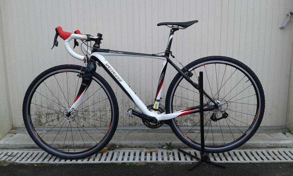 Vélo cyclo-cross spécialized crux expert carbon  1000 La Jumellière (49)