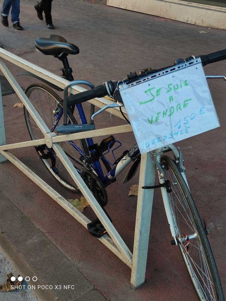 Vélo demie course , presque neuf 0620343025 150 Montrouge (92)