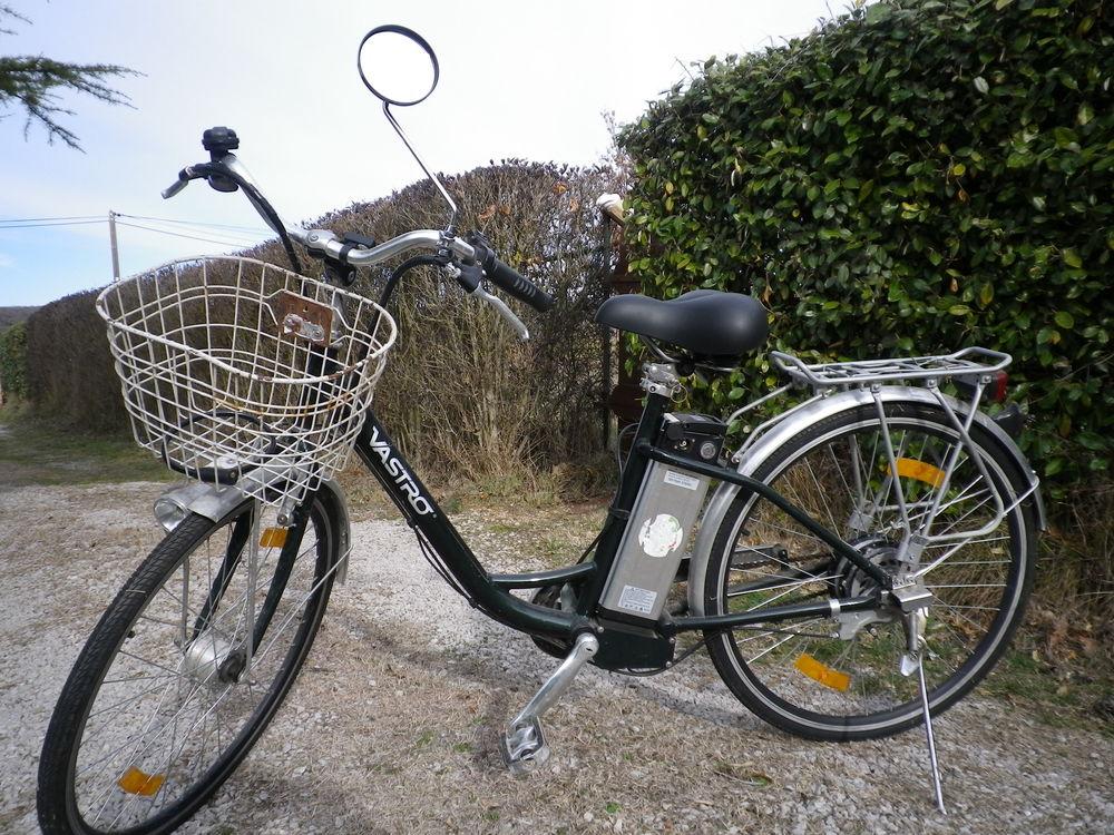 vélo électrique femme T B E .  400 Rians (83)