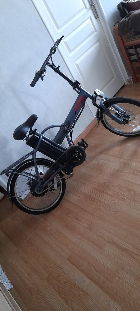 Vélo électrique pliant état neuf  250 Argenteuil (95)