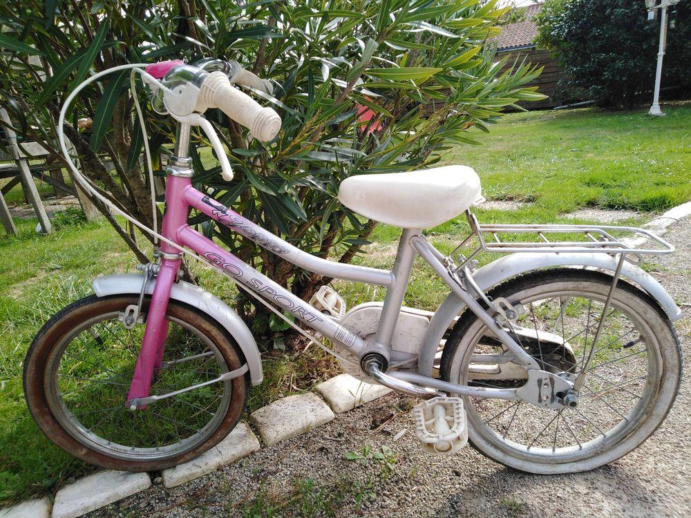 vélo enfant 15 Saint-Hilaire-la-Forêt (85)