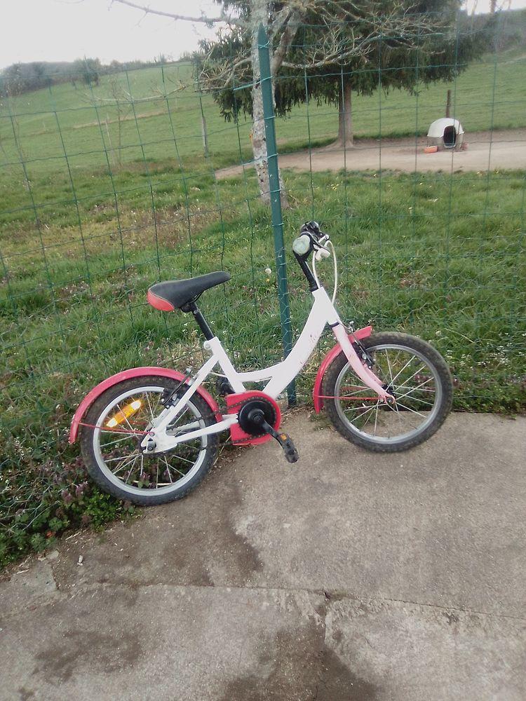 Vélo enfant. 35 Saint-Agnant-de-Versillat (23)