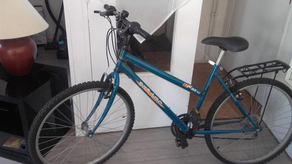 Vélo VTT femme 100 Paris 11 (75)