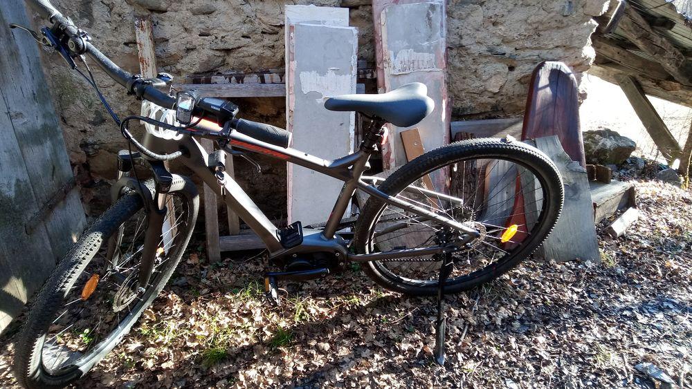 Vélo Lapierre à assistance électrique 1600 Méolans-Revel (04)