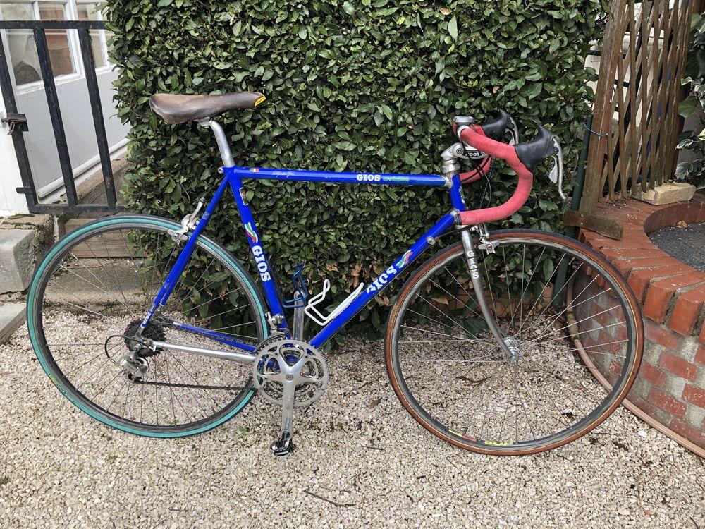 Vélo d'occasion GIOS 800 Verdun-sur-le-Doubs (71)