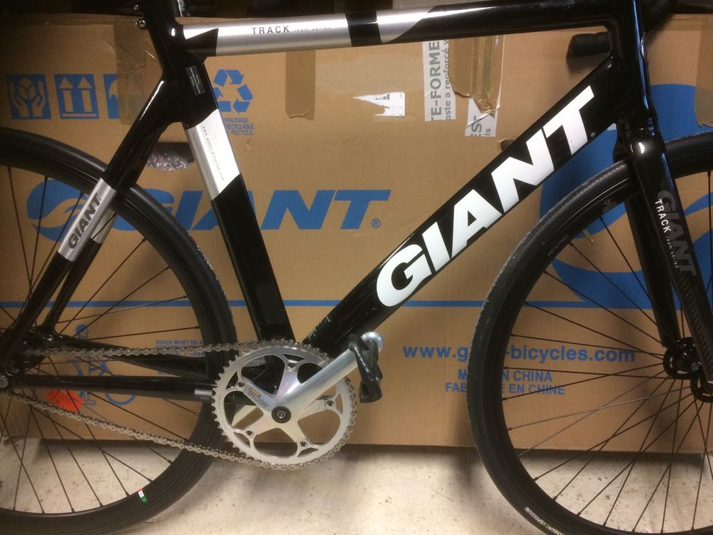 Vélo piste Giant 690 Sainte-Eulalie (33)