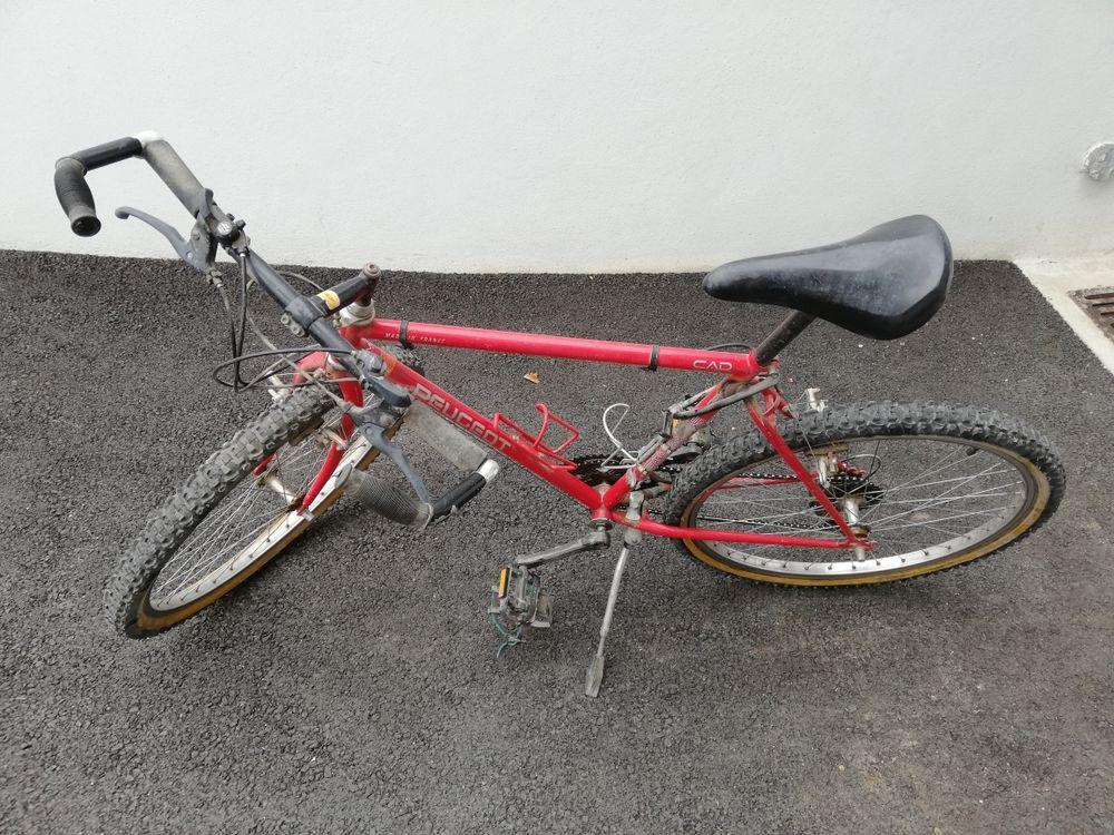 Vélo VTT plus 2 pneux vélo 26x2. 100 Castres (81)