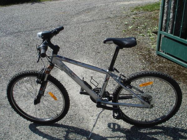 Vélo VTT pour enfant de 10 à 16 ans 120 Cornebarrieu (31)